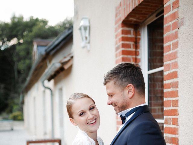 Le mariage de Julien et Mariana à Beaulieu-sur-Loire, Loiret 42