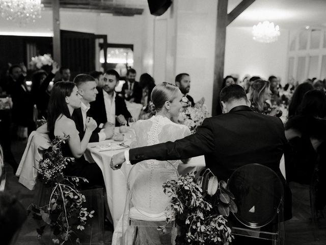 Le mariage de Julien et Mariana à Beaulieu-sur-Loire, Loiret 56