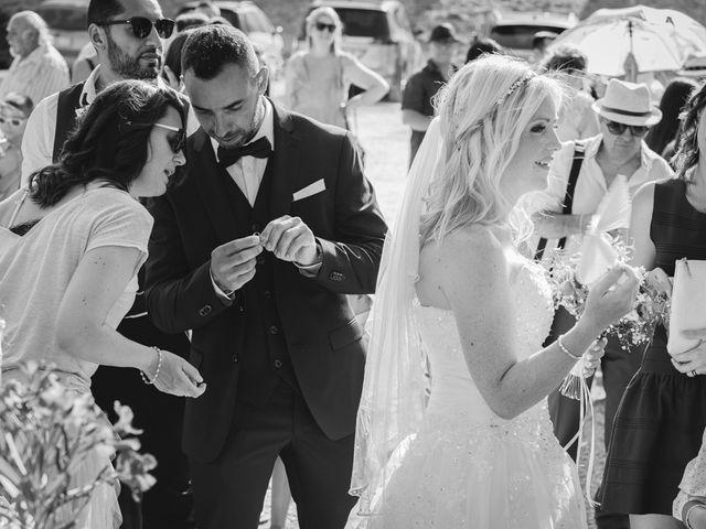 Le mariage de Stéphane et Lucile à Lapalud, Vaucluse 15