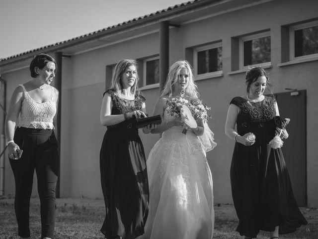 Le mariage de Stéphane et Lucile à Lapalud, Vaucluse 21