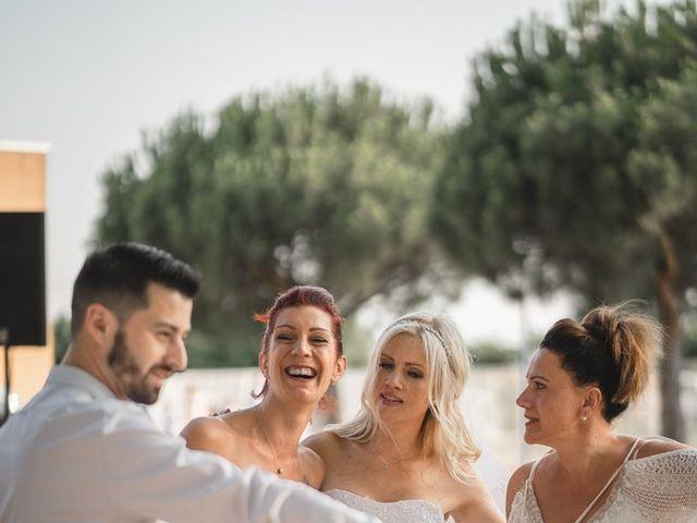 Le mariage de Stéphane et Lucile à Lapalud, Vaucluse 31