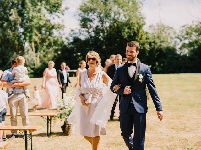 Le mariage de Arnaud et Laura à Calonne-sur-la-Lys, Pas-de-Calais 48