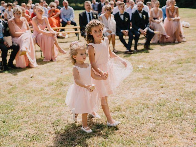 Le mariage de Arnaud et Laura à Calonne-sur-la-Lys, Pas-de-Calais 59