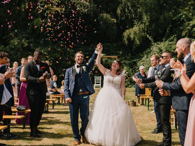Le mariage de Arnaud et Laura à Calonne-sur-la-Lys, Pas-de-Calais 62