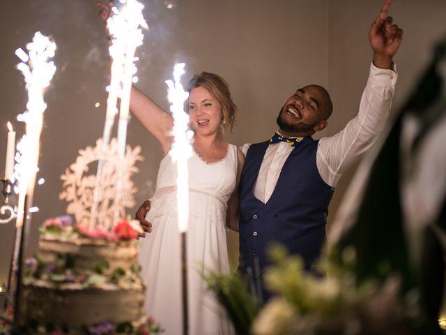 Le mariage de Tojo et Gaelle à Cassel, Nord 63