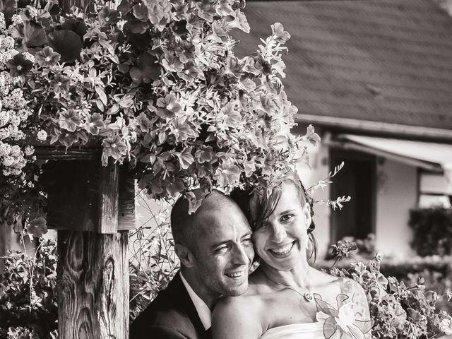 Le mariage de Christophe et Laetitia à Ostheim, Haut Rhin 28