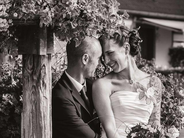 Le mariage de Christophe et Laetitia à Ostheim, Haut Rhin 29