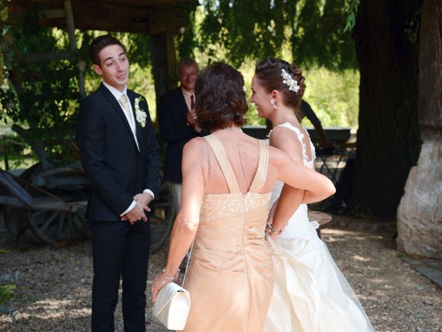 Le mariage de Thomas et Elodie à Lacenas, Rhône 44