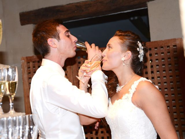 Le mariage de Thomas et Elodie à Lacenas, Rhône 85