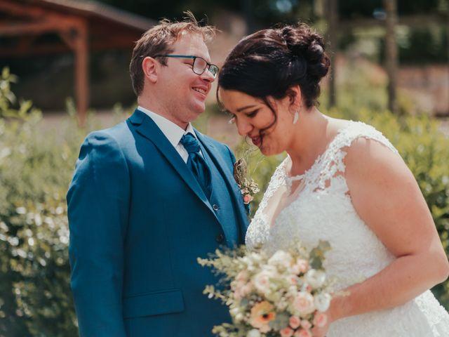 Le mariage de Emile et Laetitia à Berneuil, Charente Maritime 36