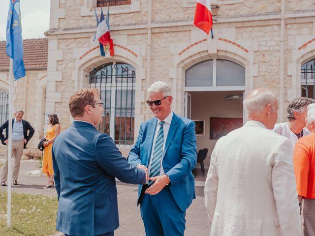 Le mariage de Emile et Laetitia à Berneuil, Charente Maritime 42