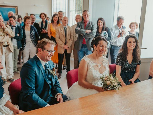 Le mariage de Emile et Laetitia à Berneuil, Charente Maritime 44