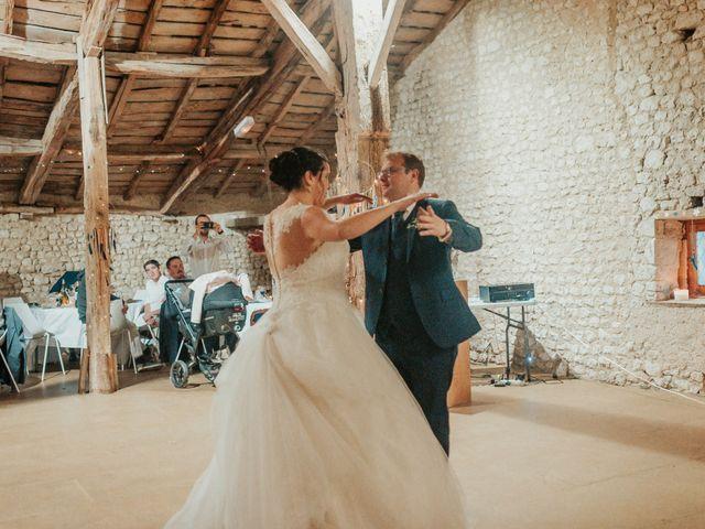 Le mariage de Emile et Laetitia à Berneuil, Charente Maritime 89