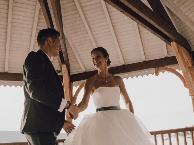 Le mariage de Micheala et Thomas à Menthon-Saint-Bernard, Haute-Savoie 18
