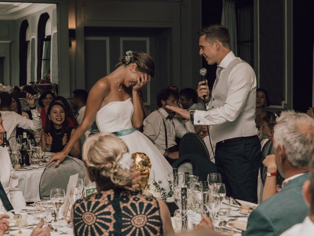 Le mariage de Micheala et Thomas à Menthon-Saint-Bernard, Haute-Savoie 22