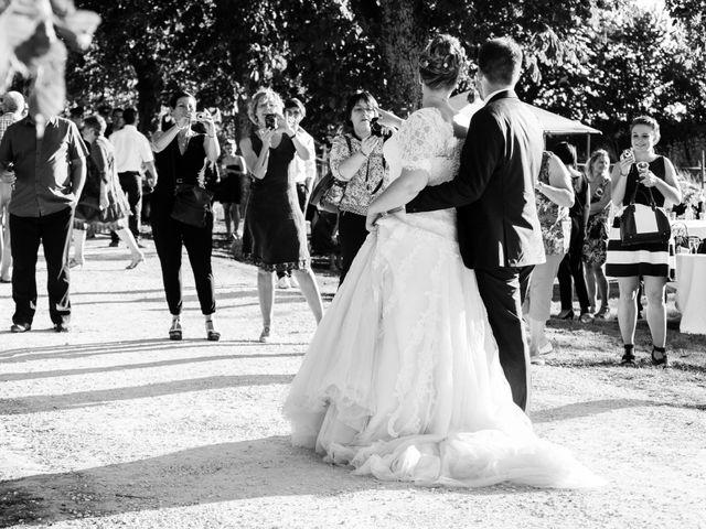 Le mariage de Julien et Mathilde à La Crèche, Deux-Sèvres 1