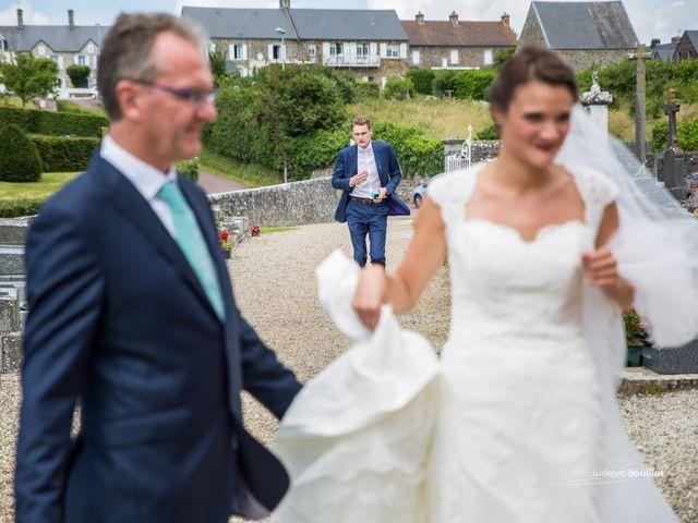 Le mariage de Romain et Virginie à Granville, Manche 7