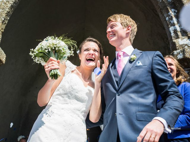 Le mariage de Romain et Virginie à Granville, Manche 22