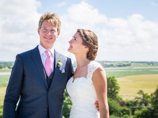 Le mariage de Romain et Virginie à Granville, Manche 28