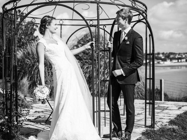 Le mariage de Romain et Virginie à Granville, Manche 37