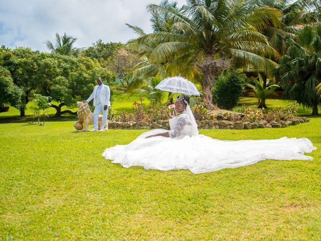 Le mariage de Dominique et Claudine à Sainte-Marie, Martinique 2