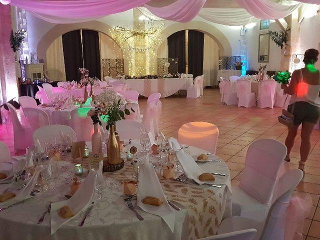 Le mariage de Adrien  et Emilie  à Saint-Médard-en-Jalles, Gironde 1