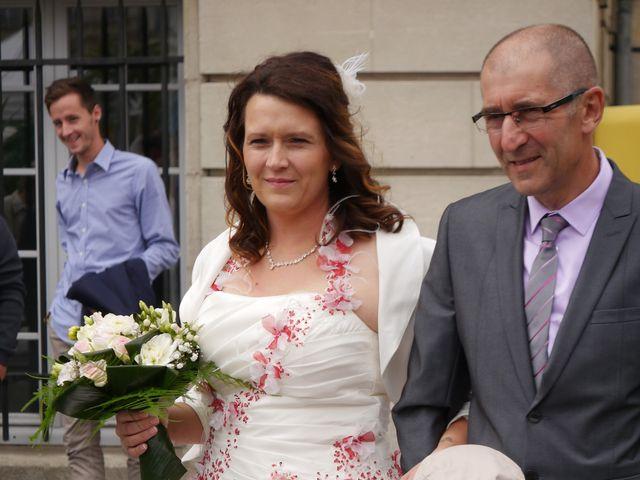 Le mariage de Vincent et Elodie à Saint-Quentin, Aisne 14