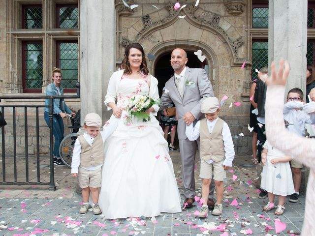 Le mariage de Vincent et Elodie à Saint-Quentin, Aisne 17