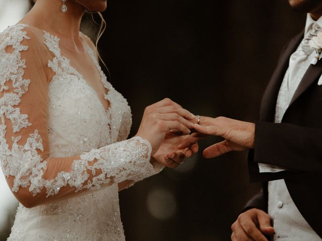 Le mariage de Yassine et Marie Amanda à Amondans, Doubs 44