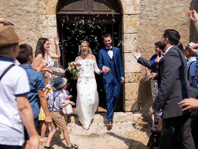 Le mariage de Charles et Angélique à Valensole, Alpes-de-Haute-Provence 37