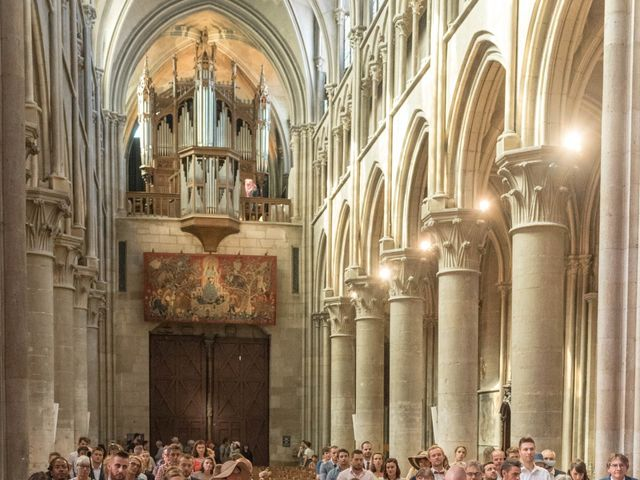 Le mariage de Maxime et Emilie à Dijon, Côte d'Or 14