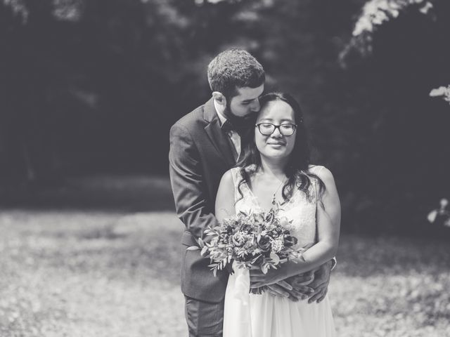 Le mariage de Lucas et Kim Vân à Le Mesnil-Saint-Denis, Yvelines 77