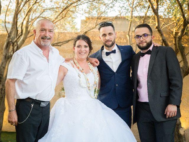 Le mariage de Bastien et Aline  à Gonfaron, Var 17