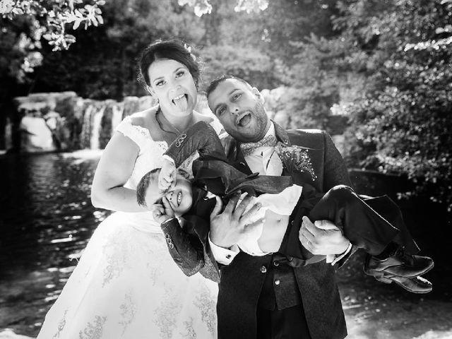 Le mariage de Bastien et Aline  à Gonfaron, Var 34