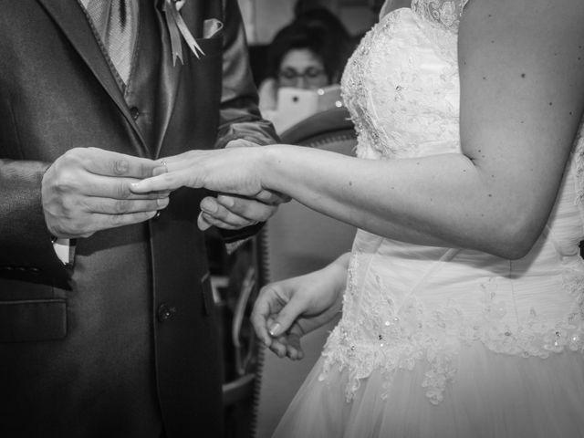 Le mariage de Martial et Nadège à Séguret, Vaucluse 12