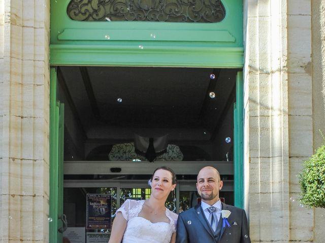 Le mariage de Martial et Nadège à Séguret, Vaucluse 15