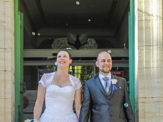 Le mariage de Martial et Nadège à Séguret, Vaucluse 16