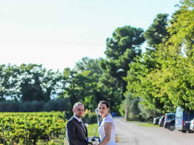 Le mariage de Martial et Nadège à Séguret, Vaucluse 18