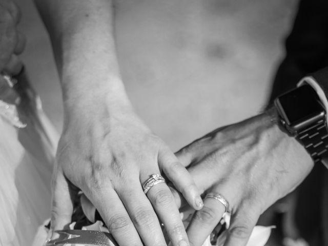 Le mariage de Martial et Nadège à Séguret, Vaucluse 21
