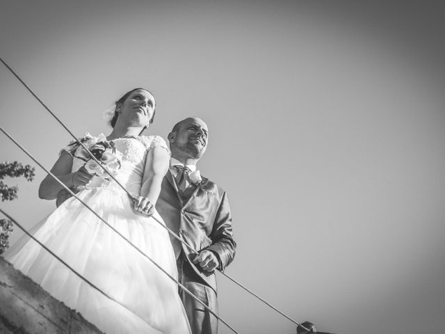 Le mariage de Martial et Nadège à Séguret, Vaucluse 24