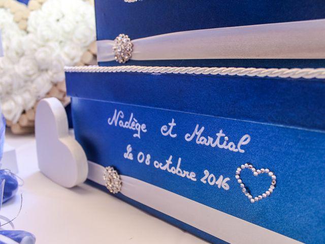 Le mariage de Martial et Nadège à Séguret, Vaucluse 44