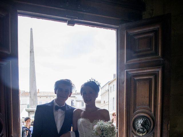 Le mariage de Thibault et Lola à Arles, Bouches-du-Rhône 54