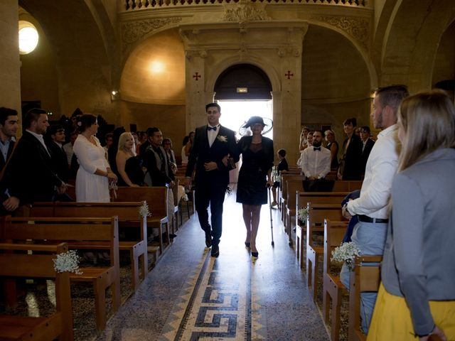 Le mariage de Thibault et Lola à Arles, Bouches-du-Rhône 83