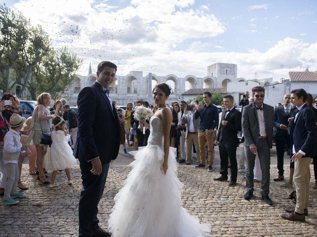 Le mariage de Thibault et Lola à Arles, Bouches-du-Rhône 116