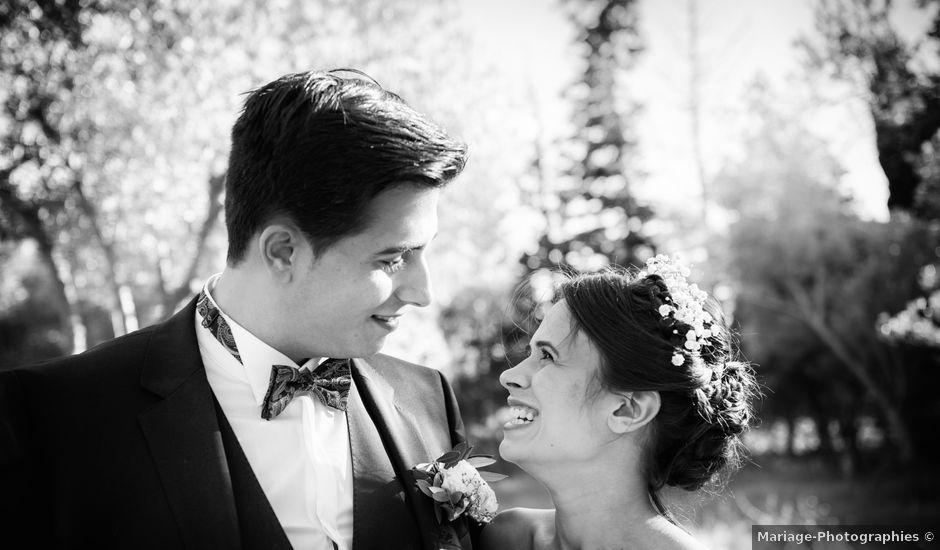 Le mariage de Thibault et Lola à Arles, Bouches-du-Rhône