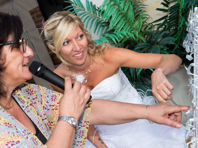 Le mariage de Arnaud et Charlène à Gradignan, Gironde 16