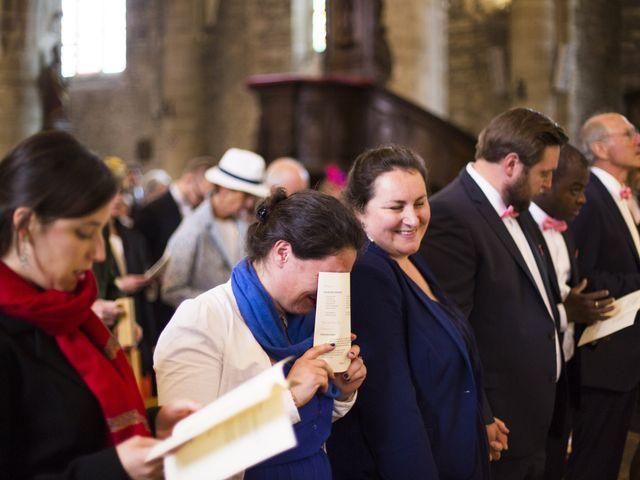 Le mariage de Stanislas et Violaine à Pontivy, Morbihan 32