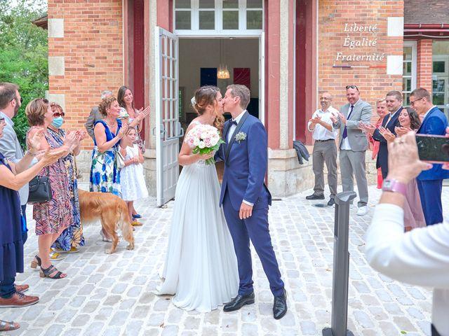 Le mariage de Bryan et Manon à Orléans, Loiret 102