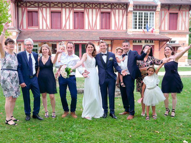 Le mariage de Bryan et Manon à Orléans, Loiret 108