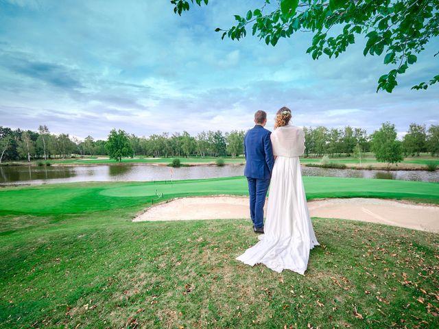 Le mariage de Bryan et Manon à Orléans, Loiret 123